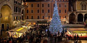 Verona si veste di luce