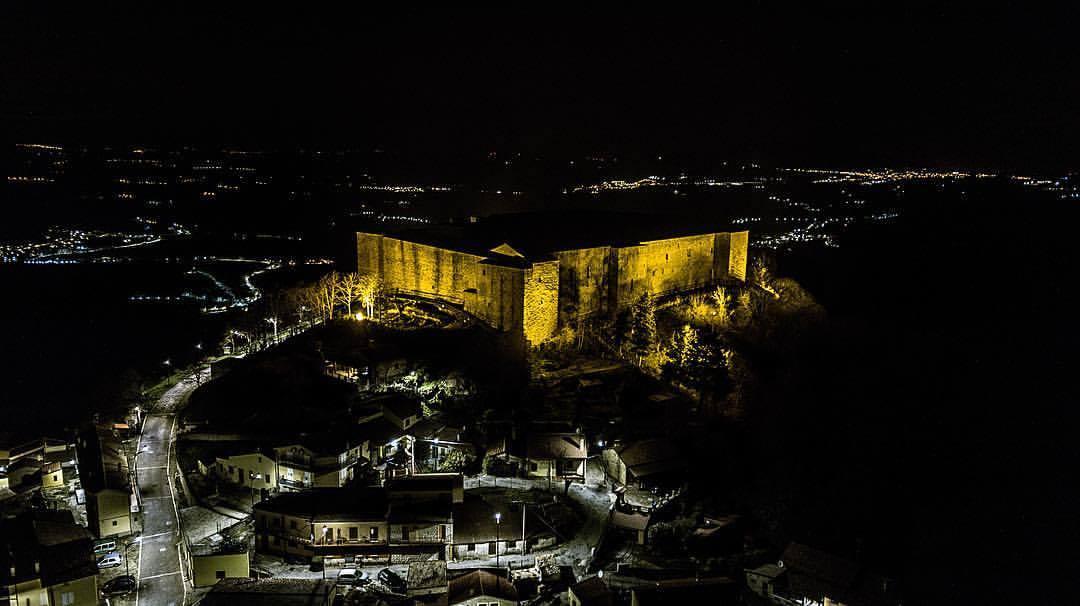 castel-di-lagopesole-Foto-di-Fabrizio-Ponzio