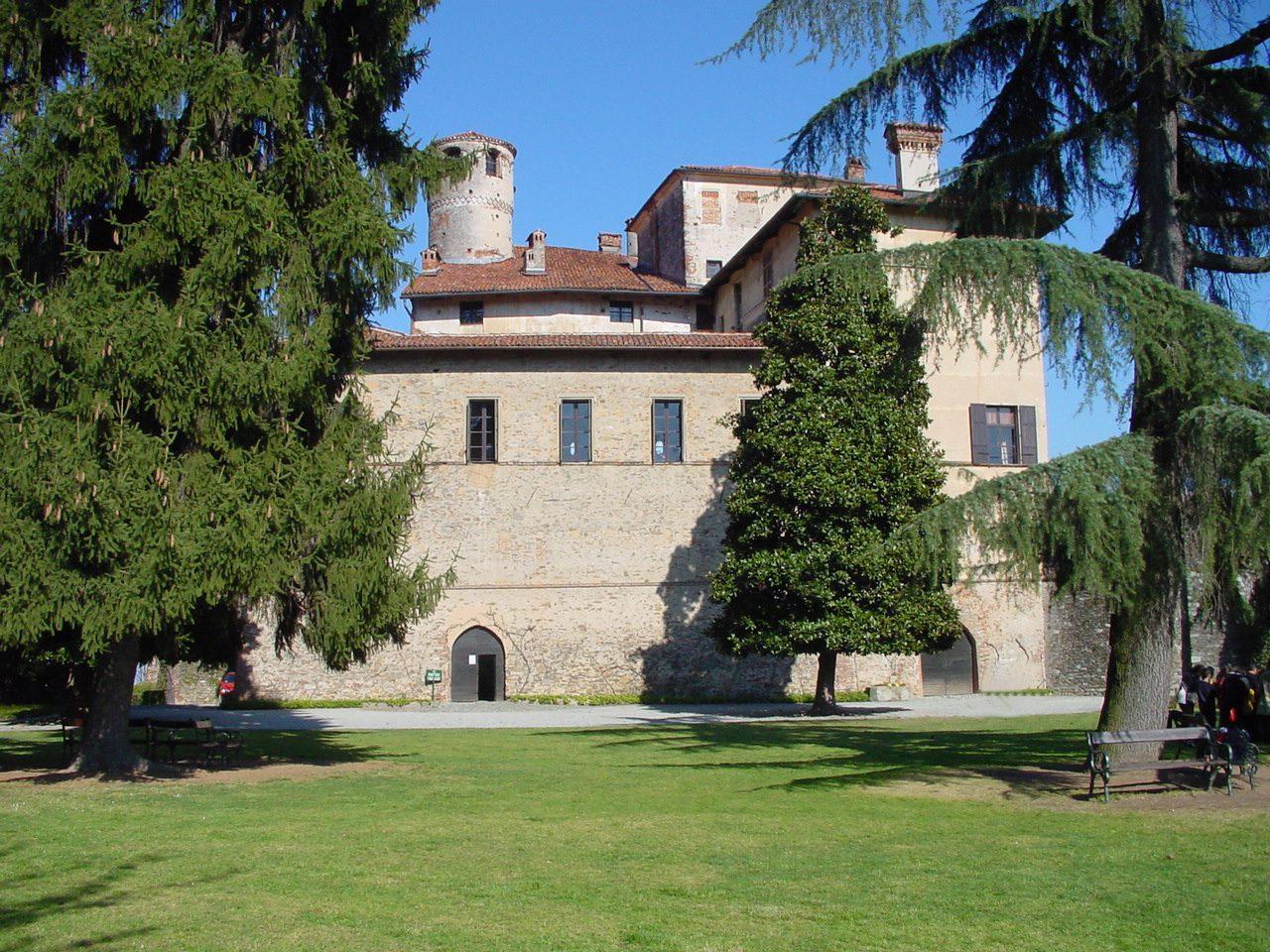 castello-della-manta41