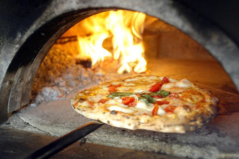 forno-a-legna-pizza