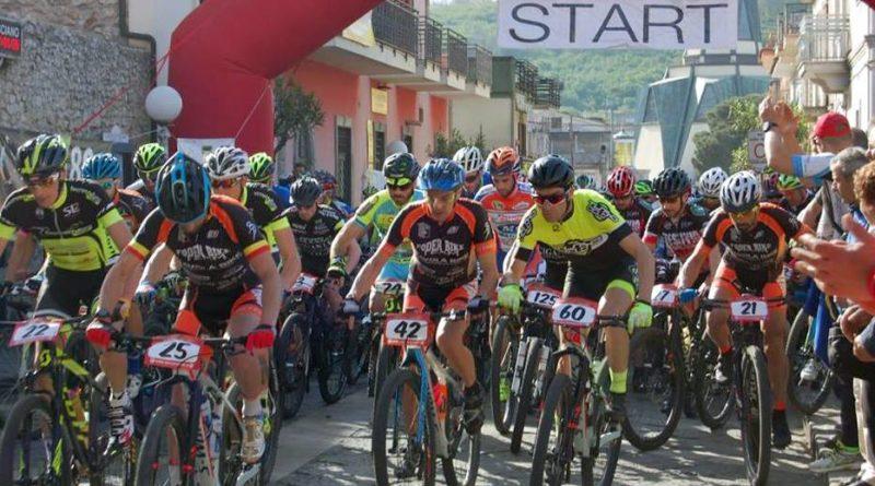 moiano-Bike-Marathon-2016-la-partenza-1-800x445