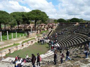 Visita guidata ad Ostia Antica: abitare nell'antica città portuale