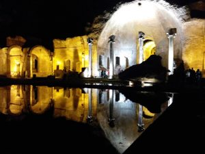 Villa Adriana a Tivoli - Visita guidata al chiaro di luna