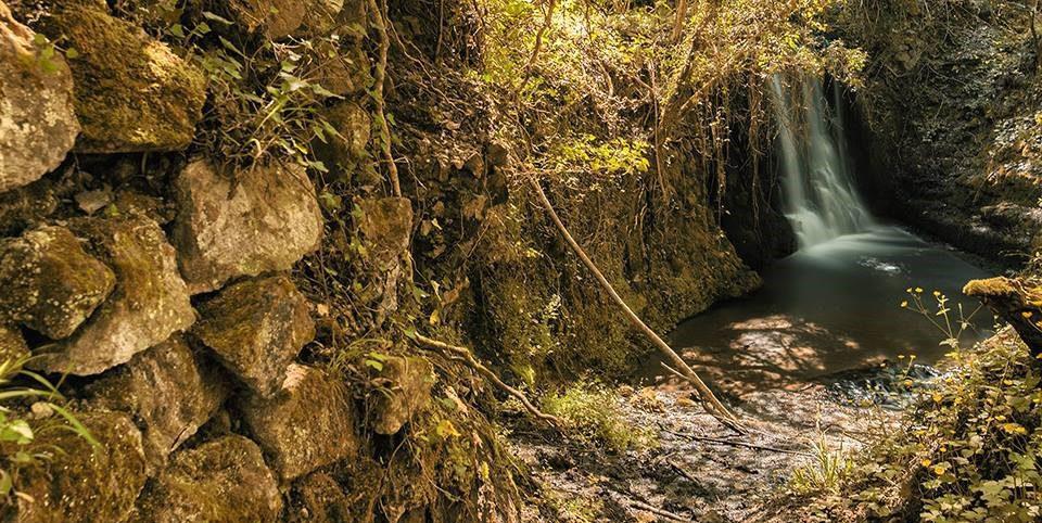 Magliano Romano: le cascate, la mola, le poesie