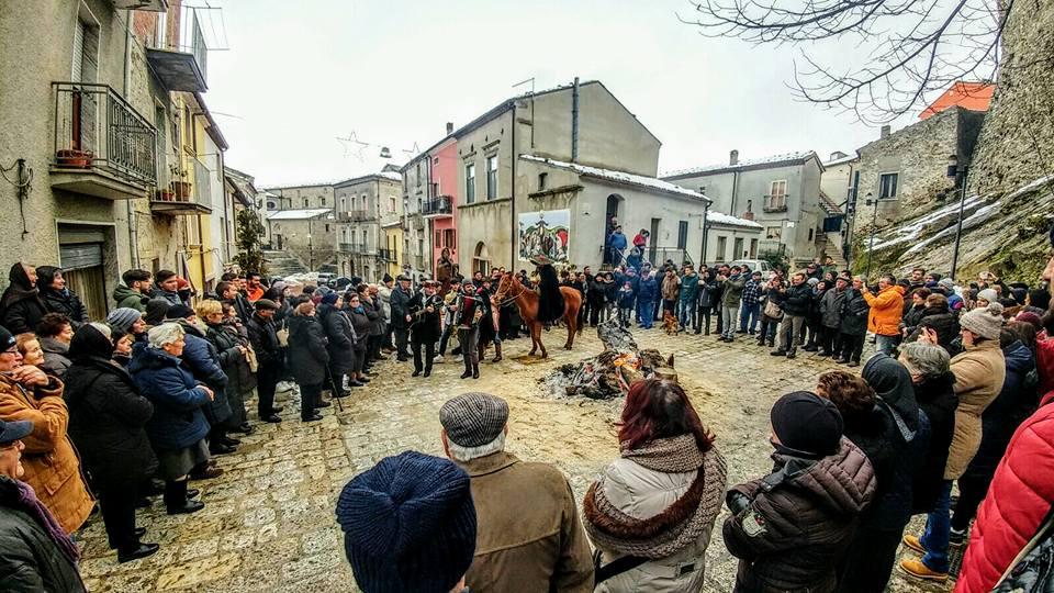 Fuochi di Sant'Antonio Abate a Tufara