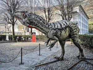 Dinosauri in Carne e Ossa